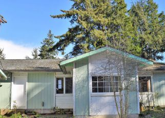 Foreclosed Home in WILSHIRE LN, Coos Bay, OR - 97420