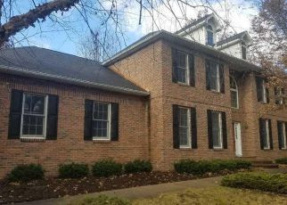 Foreclosed Home en PONDVIEW CIR, Midland, MI - 48640