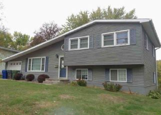Foreclosure Home in Clinton county, IA ID: F4259010
