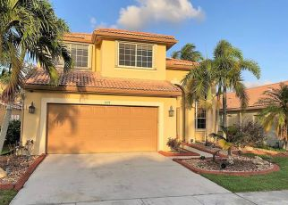 Foreclosed Home en SW 181ST AVE, Hollywood, FL - 33029