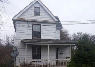 Casa en ejecución hipotecaria in Lynchburg, VA, 24501,  ROCKBRIDGE AVE ID: F4259442