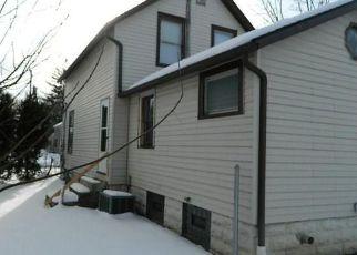 Casa en ejecución hipotecaria in Berea, OH, 44017,  ADAMS ST ID: F4259810