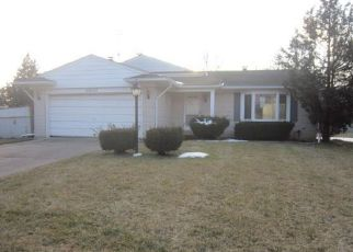 Foreclosure Home in Southfield, MI, 48076,  KENSINGTON CT ID: F4259873