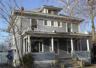 Casa en ejecución hipotecaria in Winfield, KS, 67156,  W 9TH AVE ID: F4259900