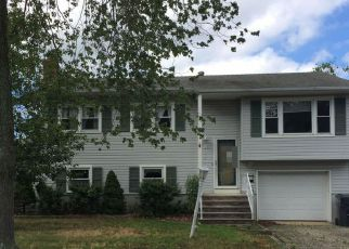 Foreclosed Home in POPLAR WAY, Brick, NJ - 08724
