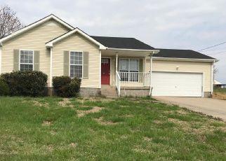 Casa en ejecución hipotecaria in Oak Grove, KY, 42262,  GOLDEN POND AVE ID: F4260240