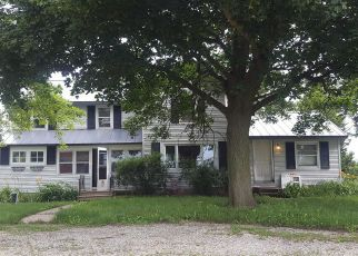 Foreclosed Home in N LYNNVILLE RD, Lindenwood, IL - 61049