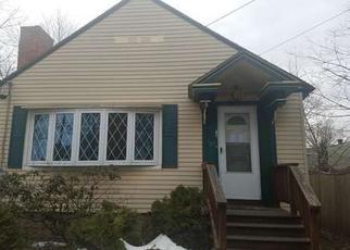 Casa en ejecución hipotecaria in Nashua, NH, 03060,  LAKE ST ID: F4260999