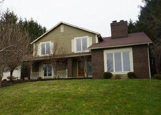 Casa en ejecución hipotecaria in Pittsford, NY, 14534,  FRAMINGHAM LN ID: F4261544
