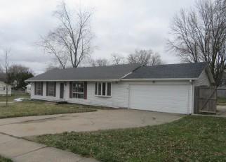 Casa en ejecución hipotecaria in Clinton, IA, 52732,  SPRINGDALE DR ID: F4261677