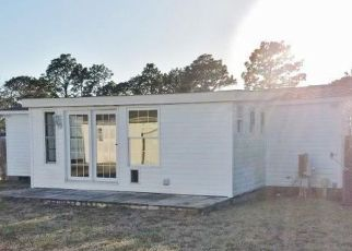 Casa en ejecución hipotecaria in Hubert, NC, 28539,  N QUEENS ST ID: F4261901