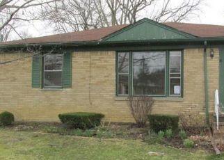 Casa en ejecución hipotecaria in Berea, OH, 44017,  NANCY DR ID: F4261920