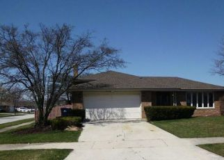Foreclosed Home en SYCAMORE DR, Orland Park, IL - 60462