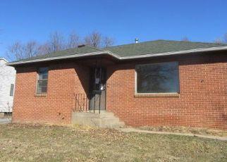 Casa en ejecución hipotecaria in Clinton, IA, 52732,  25TH AVE S ID: F4262369