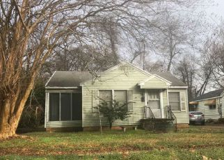 Foreclosed Home in E RATCLIFF ST, Shreveport, LA - 71104