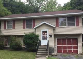 Foreclosed Home en WHITE ST, Syracuse, NY - 13204