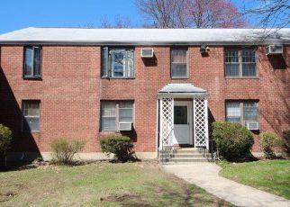 Casa en ejecución hipotecaria in Bridgeport, CT, 06610,  MENCEL CIR ID: F4263901