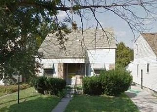 Foreclosed Home en GREENLAWN ST, Detroit, MI - 48204
