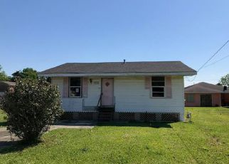 Casa en ejecución hipotecaria in Harvey, LA, 70058,  JEFFERSON AVE ID: F4266143