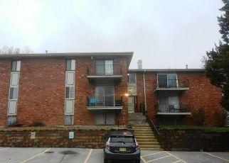 Casa en ejecución hipotecaria in Overland Park, KS, 66204,  SANTA FE DR ID: F4266182