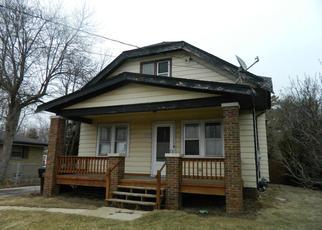 Casa en ejecución hipotecaria in Racine, WI, 53402,  DOUGLAS AVE ID: F4267051