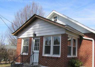 Casa en ejecución hipotecaria in Woodbury, NJ, 08096,  SUNSET AVE ID: F4267558