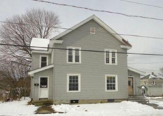 Casa en ejecución hipotecaria in Pittsfield, MA, 01201,  ROBBINS AVE ID: F4267670