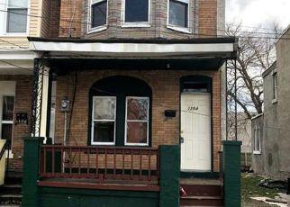 Casa en ejecución hipotecaria in Camden, NJ, 08104,  THURMAN ST ID: F4268715