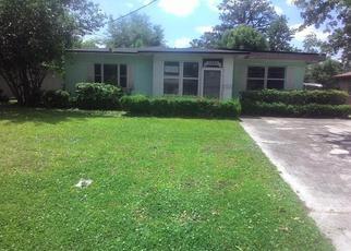 Foreclosed Home en GLENWOOD AVE, Jacksonville, FL - 32205