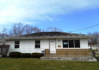 Casa en ejecución hipotecaria in Peoria, IL, 61605,  W GARDEN ST ID: F4269522