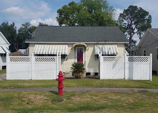 Casa en ejecución hipotecaria in Westwego, LA, 70094,  CENTRAL AVE ID: F4269616