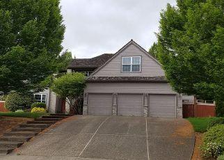 Casa en ejecución hipotecaria in Portland, OR, 97224,  SW DEKALB ST ID: F4270250