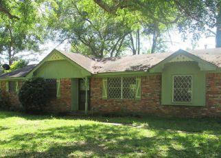 Casa en ejecución hipotecaria in Elmore Condado, AL ID: F4270493