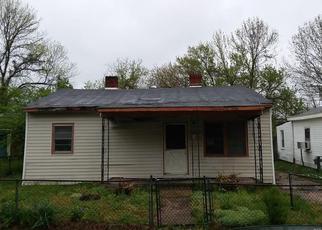 Casa en ejecución hipotecaria in Petersburg, VA, 23803,  HINTON ST ID: F4270943