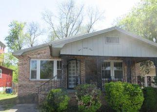 Casa en ejecución hipotecaria in Fairfield, AL, 35064,  57TH ST ID: F4271101