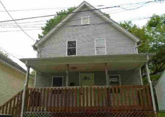 Casa en ejecución hipotecaria in Norwich, CT, 06360,  FOREST ST ID: F4271765