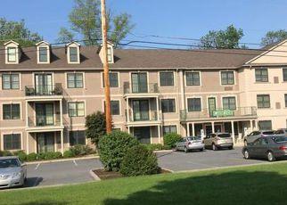 Casa en ejecución hipotecaria in Northampton, PA, 18067,  HOKENDAUQUA AVE ID: F4271804