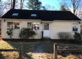 Foreclosed Home en ORCHARD RD, Putnam Valley, NY - 10579