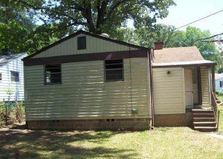 Casa en ejecución hipotecaria in Fairfield, AL, 35064,  FOREST DR ID: F4272058