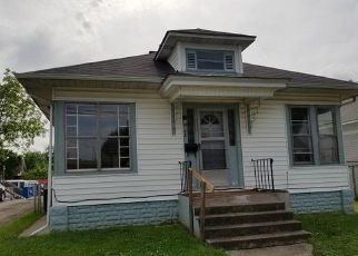 Foreclosed Home in S BUCHANAN ST, Marion, IL - 62959