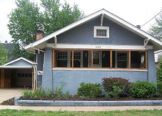 Casa en ejecución hipotecaria in Hutchinson, KS, 67501,  N WASHINGTON ST ID: F4272286