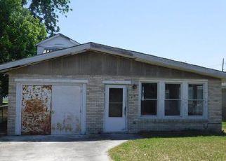 Casa en ejecución hipotecaria in Gretna, LA, 70053,  MADISON ST ID: F4272310
