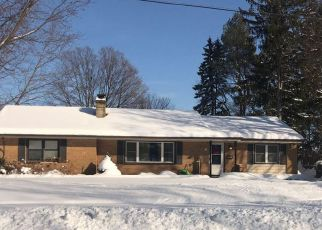 Foreclosed Home in SOMERSET AVE, Kalamazoo, MI - 49001