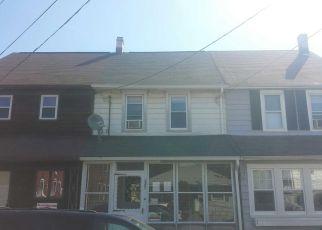 Casa en ejecución hipotecaria in Burlington, NJ, 08016,  THOMPSON ST ID: F4272551