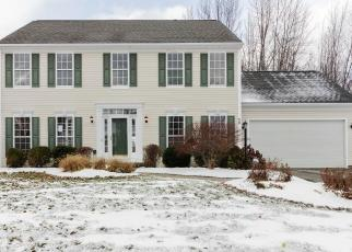 Foreclosed Home en CHADWICK MNR, Fairport, NY - 14450