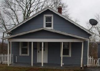 Casa en ejecución hipotecaria in Norwich, CT, 06360,  HAPPY ST ID: F4273216