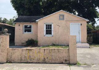 Foreclosed Home in NE 118TH ST, Miami, FL - 33161