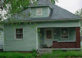 Casa en ejecución hipotecaria in Terre Haute, IN, 47807,  2ND AVE ID: F4273348