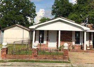 Casa en ejecución hipotecaria in Gretna, LA, 70053,  THEARD ST ID: F4273403