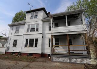 Casa en ejecución hipotecaria in Holyoke, MA, 01040,  BRIGHTWOOD AVE ID: F4273427